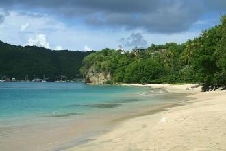 O insulă din Caraibe devine prima comunitate în care totul se va cumpăra cu Bitcoin