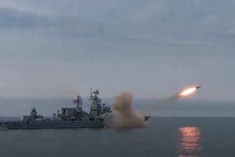VIDEO. Rusia a lansat, pentru prima dată, o rachetă supersonică Vulkan în Marea Neagră