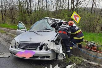 Un tânăr de 27 de ani a murit în Vinerea Mare, într-un grav accident de circulație, la ieșirea din Răstoci
