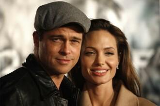 Pe Brad şi Angelina i-a bufnit râsul când au aflat că vor avea gemeni