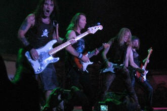 Batai la concertul Iron Maiden din Bogota!