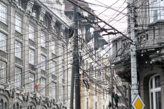 Opriti cu focuri de arma. Trei hoti au furat sute de mteri de cablu in Capitala