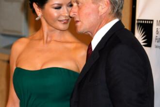 Catherine Zeta-Jones şi Michael Douglas, amendaţi în Italia!