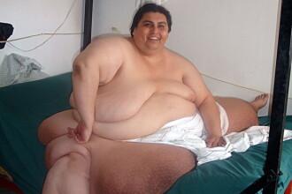 Vezi ce si cat mananca femeia care cantareste 330 kilograme, dar spera sa ajunga la o tona! VIDEO