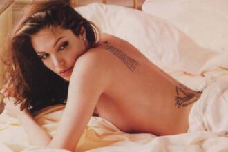 Angelina Jolie si Scarlett Johansson,