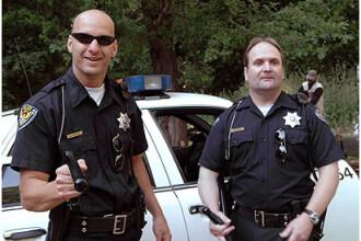 Un american a pornit la vânătoare de poliţişti care încalcă legea!