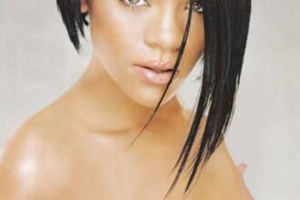 "Rihanna: ""Imi place sa stau goala atunci cand sunt acasa""!"