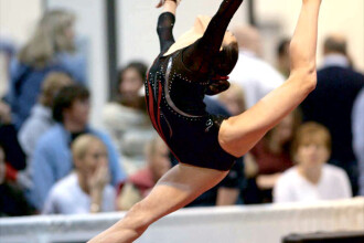 Jos palaria in fata junioarelor din lotul national de gimnastica!