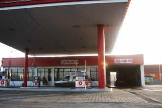 Petrom a redus cu 9 bani preturile de referinta la benzina si motorina