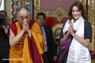 Carla Bruni Sarkozy s-a intalnit cu Dalai Lama