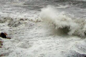Alerta pe mare! Vant de 70 de kilometri pe ora si valuri de 6 metri