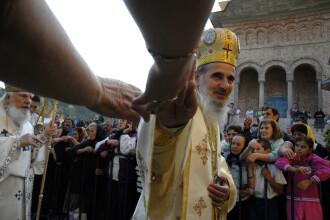 Peste 200.000 de pelerini sunt asteptati in weekend la manastirea Nicula!