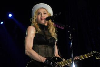 Madonna a lesinat de doua ori in timpul concertului de la Sofia!