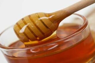 Faguri aurii, miere roz, rosie sau aramie, toate la targul din Bucuresti
