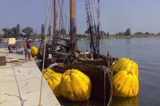 Corabie construita in intregime din lemn, scoasa de pe fundul Marii Negre