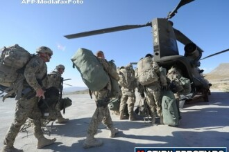 Un militar roman, ranit intr-o deflagratie in Afganistan. A suferit leziuni la picioare si omoplat
