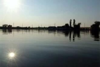 Lacul Tancabesti, capitala europeana a pescuitului la crap:26 de echipe se lupta pentru marele titlu