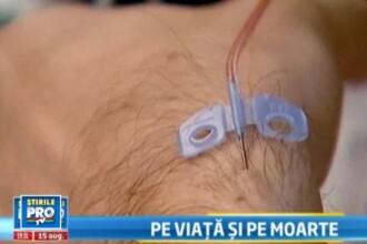 Protest socant in fata MS. Bolnavii de hemofilie si-au facut in public tratamentul intravenos. VIDEO
