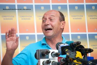Basescu: Legea nu permite Guvernului sa-i scoata de pe liste pe romanii cu domiciliul in strainatate