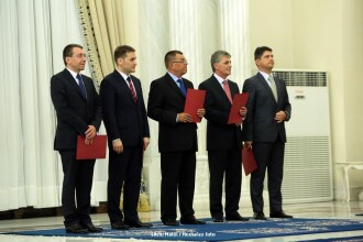 Corlatean, Sova, Dusa, Stroe si Voicu au depus juramantul. Mona Pivniceru n-a primit acceptul CSM