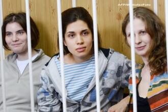 Pussy Riot contra Putin. Procuratura moscovita a cerut 3 ani de inchisoare pentru cele 3 cantarete