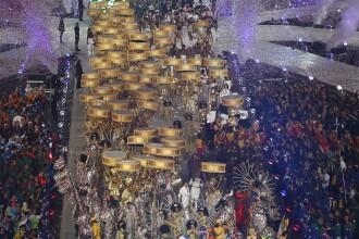 Ceremonie de inchidere a JO cu 80.000 de oameni in tribune, artificii, ritm si culoare. GALERIE FOTO