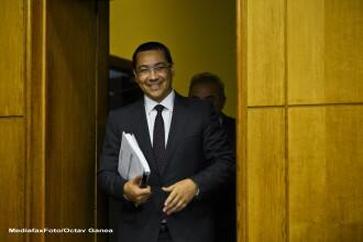 Victor Ponta: Lucrez la structura noului Guvern, dar nu o prezint inainte de alegeri
