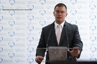 Ungureanu: Fiecare candidat la parlamentare al Fortei Civice isi va semna demisia in alb