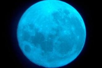 Luna Albastra. Misterul fenomenului care a putut fi observat pe cer marti noapte