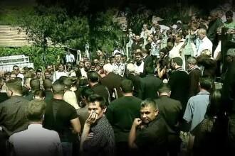Sute de oameni au venit la inmormantarea lui Sorin Terbea. Primele concluzii dupa accidentul de luni