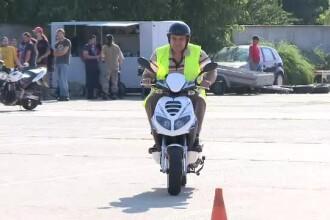 Cum arata examenul de permis pentru scutere. Doar 50% dintre candidati promoveaza dupa