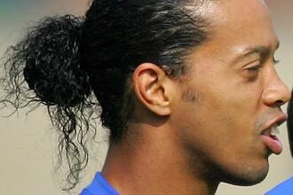 Ronaldinho a fost supus unei operatii de remodelare a gingiilor si dintilor