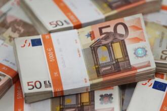 BNR a anuntat un curs de referinta de 4,4503 lei/euro, apropiat de cel de marti