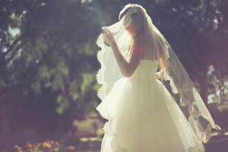 A schimbat rochia de mireasa cu hainele de doliu. Ce s-a intamplat in ziua nuntii