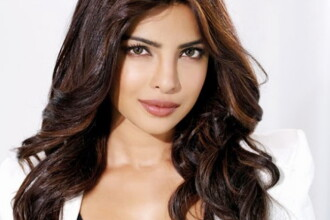 Ea este noua Aishwarya Rai. Cum arata superba Priyanka Chopra fara machiaj