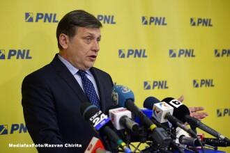 Crin Antonescu il ataca pe Victor Ponta: