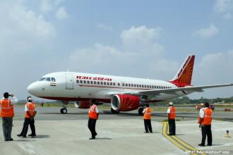Un avion Air India, nevoit sa aterizeze dupa ce echipajul a descoperit sobolani in cabina.