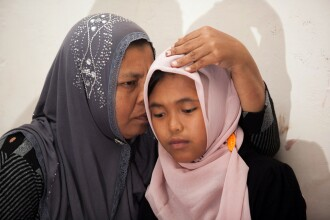 Un miracol dupa 10 ani. Un cuplu de indonezieni si-a regasit fiica pierduta in urma tsunami-ului din 2004