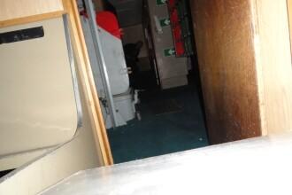 Aparitie misterioasa pe un vapor militar. Un barbat sustine ca ar fi surprins o