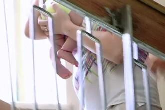 Parintii unui nou-nascut din Iasi acuza spitalul ca i-a anuntat dupa 5 zile de decesul copilului. Varianta medicilor e alta