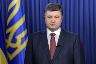 Ucraina mai face un pas spre aderarea la NATO. Presedintele Petro Porosenko vrea sa elimine statutul tarii de stat nealiniat