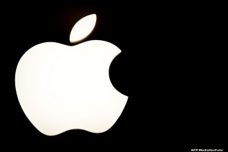 Apple va lansa pe piata un nou produs. Compania americana a lucrat un an la acest nou gadget, care va avea un ecran de 12,9