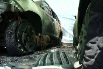 Masini ale OSCE incendiate la Donetk. Oficialii acuza ca misiunea de supraveghere a acordului de Minsk este sabotata