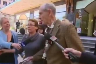 Batran de 91 de ani din Sydney, anchetat dupa ce a fost prins transportand 4,5 kg de cocaina. Cum se apara acesta