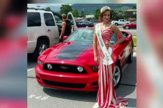 O fosta Miss, din SUA, a strans zeci de mii de dolari pacalind lumea ca este bolnava de cancer. Cum a fost prinsa femeia