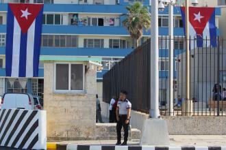 Moment istoric in Cuba. Secretarul de stat SUA asista la redeschiderea ambasadei americane, dupa 54 de ani