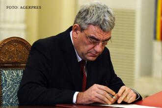 Ministrul Economiei, Mihai Tudose, acuzat ca a plagiat in teza de doctorat. Un politist sustine ca i-a vandut lucrarea sa