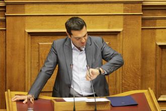 Criza in Grecia. Alexis Tsipras si-a anuntat DEMISIA si a cerut alegeri anticipate: