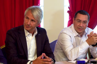 Ponta a anuntat la Mamaia o noua taxa dupa intalnirea cu firmele din turism. Explicatiile din spatele