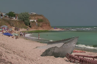 Zeci de turisti au fost inselati cu pachete false de vacanta. Cand si-au dat seama ca au fost pacaliti